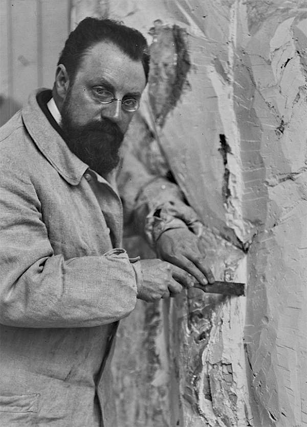 Matisse beim bearbeiten von Rückenakt II zu Rückenakt II, Issy-les-Moulineaux, 1913, Foto: Alvin Langdon Coburn, Courtesy of the George Eastman Museum, © Succession Henri Matisse / 2019 ProLitteris, Zurich